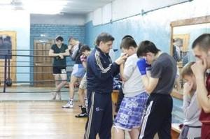Бокс: мастер-класс от мастера спорта