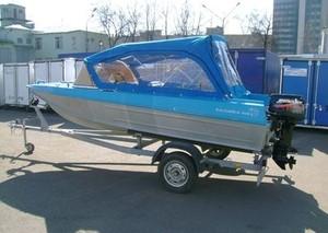 Приставы конфисковали моторную лодку у браконьера из Саяногорска