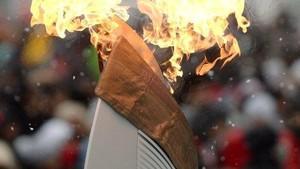 Одежда факелоносца вспыхнула во время эстафеты олимпийского огня в Хакасии