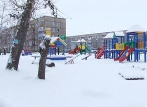 Безопасен ли детский городок в строящемся сквере?