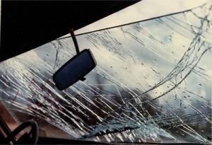 В Хакасии водитель иномарки погиб, врезавшись в дерево