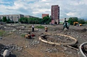 В Хакасии еще одним фонтаном, да еще неправильной формы, станет больше
