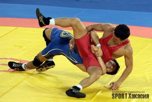 Борцы из Хакасии завоевали три медали на международных соревнованиях