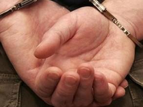 В Саяногорске уроженец Киргизии изнасиловал и избил девушку