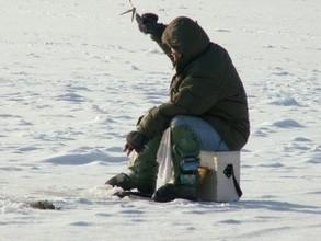 Из-за ветра и теплой погоды рыбалка на водоемах Хакасии опасна
