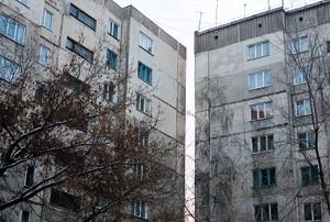 Специалисты Госжилинспекции Хакасии проводят мониторинг технического состояния многоквартирных домов