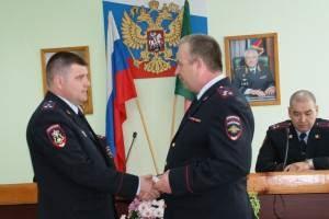 Полицейского из Хакасии наградили медалью «За спасение погибавших»