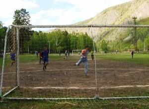 Футбольный турнир в Черемушках движется к завершению