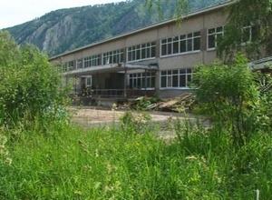 Школы и детсады Саяногорска наводят лоск перед новым учебным годом