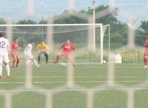 Футболисты черемушкинского «Ротора» борются за звание чемпионов Хакасии