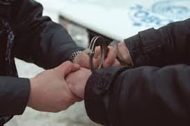 В Саяногорске за грабеж задержаны трое мужчин