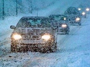 Автодорога Абакан - Саяногорск оказалась закрытой из-за обильного снегопада