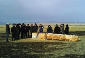Вандалы сожгли юрту и спилили священную коновязь на Уйтаке в Хакасии