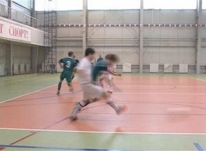 В Саяногорске начались игры Первенства Сибири по мини-футболу
