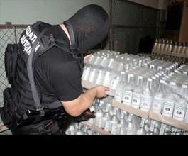 В Саяногорске полицейские изъяли 60 литров алкоголя