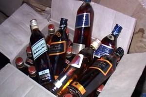 Сотрудники саяногорской полиции изъяли из магазина более тысячи литров спиртного