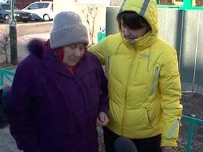 С выселенной труженицы тыла в Хакасии взыскали деньги за испорченную дверь