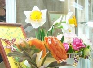 «Весна, цветы и женщины» в Саяногорском музее
