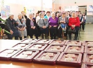 В Саяногорске еще 15 участников Великой отечественной войны получили юбилейные медали