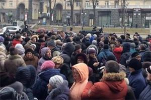 Украинские силовики перекрыли Крещатик
