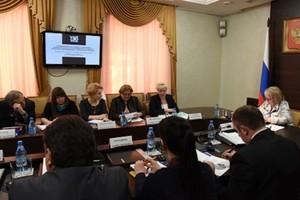 В правительстве Хакасии обсудили детский туризм
