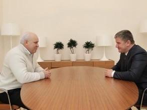 Виктор Зимин и Евгений Дод обсудили проект модернизации Майнской ГЭС