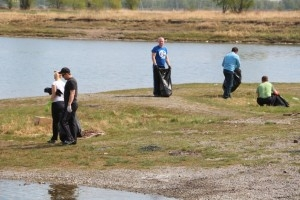 Спасатели Хакасии провели акцию «Чистый берег»