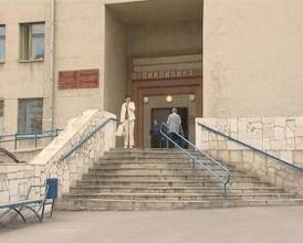 С июля поликлиники Хакасии будут работать в две смены