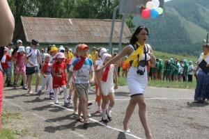 В загородных лагерях отдыха в Хакасии стартовали первые смены