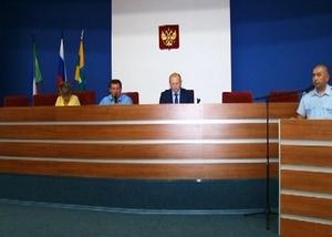 Главный полицейский Саяногорска отчитался перед депутатами
