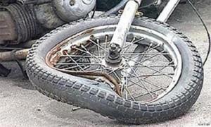 В Хакасии в ДТП мотоциклист без прав получил травмы