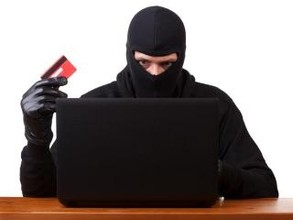 В Хакасии мнимый владелец гостиницы похитил с банковской карты крупную сумму денег