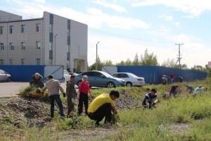 Сотрудники МЧС провели субботники в Хакасии