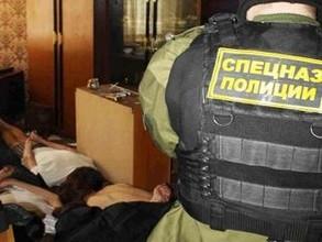 В Саяногорске мать и дочь организовали наркопритон