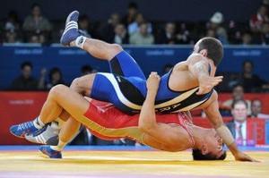 Борец из Хакасии выиграл бронзу первенства России
