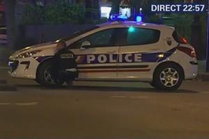 Неизвестные захватили заложников в парижском концертном зале