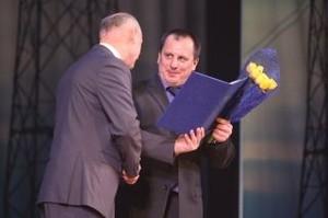 Лучшие работники СШГЭС отмечены наградами ко Дню энергетика