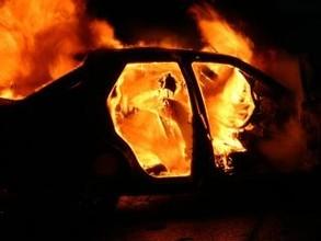 В Хакасии сгорели две иномарки