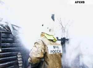 В поселке Майна загорелась частная баня