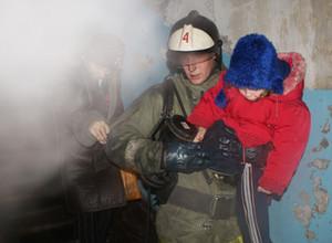 На выходных в Черногорске загорелась комната в общежитии