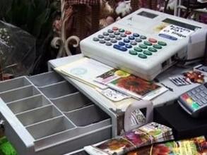В Хакасии вор ограбил магазин при помощи шила