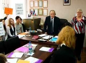 Избирательная комиссия Саяногорска распахнула двери