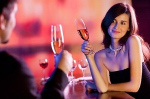 Житель Хакасии познакомился с девушкой и остался без денег