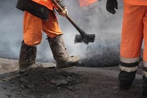 В Хакасии на ремонт дорог направят 1,7 миллиарда рублей