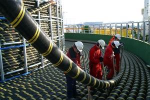 Третья нитка энергомоста в Крым введена в эксплуатацию