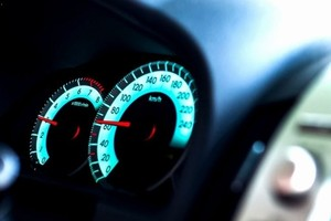 С 15 апреля снимаются ограничения скорости на путепроводах и мостах Абакана