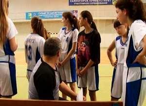 Баскетболистки школы №5 победили на турнире памяти С. Гантимурова