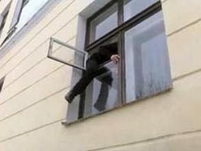 В Хакасии в детдом ночью проникли нетрезвые гости