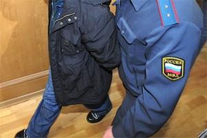 Саяногорский сварщик избил полицейского, чтобы сесть и не избить начальника