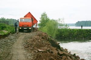 В Хакасии обновляют дамбы